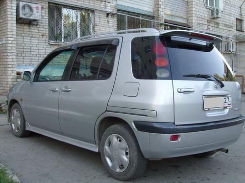 Toyota Raum 98