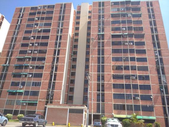 Apartamento En Venta Urb Bosque Alto Maracay Mj 20-25089