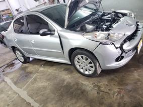 Peugeot 207 Compact 2014 Chocado