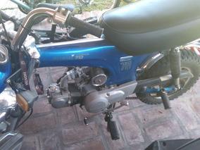 Honda Daxt St70