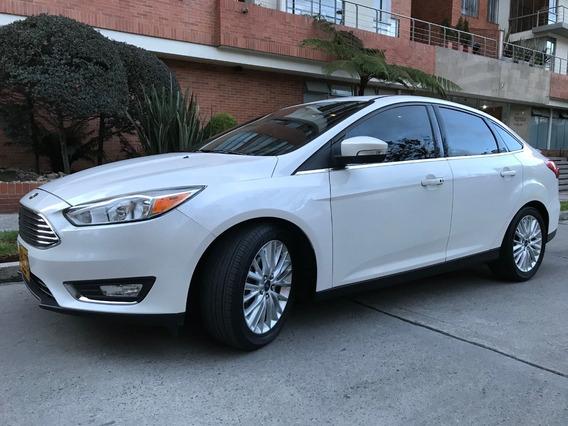 Ford Focus Titanium 50.0000 Kms 2.015