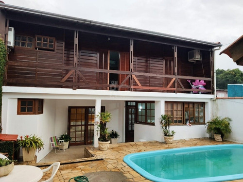 Casa Em Vila Nova Com 2 Dormitórios - Lu432381