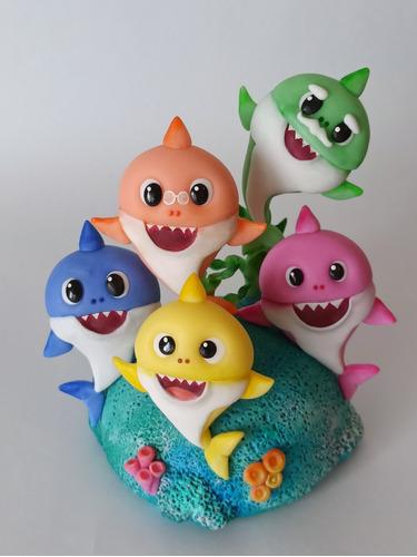 Adorno Baby Shark