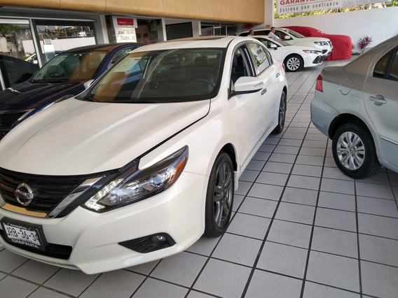 Nissan Altima 2.5 Advance Navi Cvt 2018