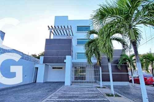 Edificio Para Oficinas En Venta En Cancun En Bonampak Frente