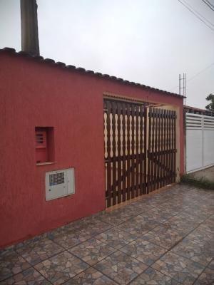 Casa No Litoral Com 2 Dormitórios Em Itanhaém/sp 6166-pc