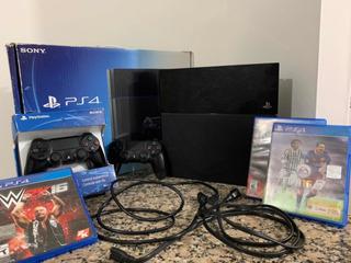 Playstation 4 500gb + 10 Juegos + 2 Joysticks