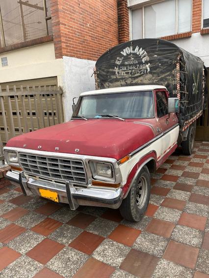 Ford F250 Lariat Estacas