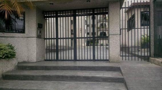 Apartamentos En Venta Mls #19-8829