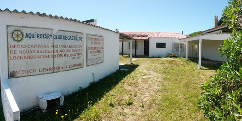 Vendo Hermosa Casa En Aguas Dulces Pegado Al Mar!!!