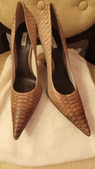 Sapato Original Prada Numero 39 1/2 Vero Couro Lindíssimo!!