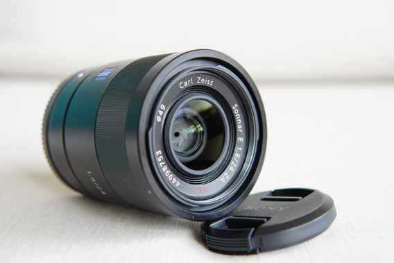 Lente Sony E 24mm F1.8 Zeiss Sel2418za Novissimo