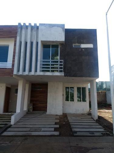 Hermosa Residencia En Condominio En Madeiras Ii