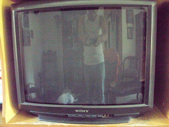 Televisor Sony Trinitron 27 S/control.