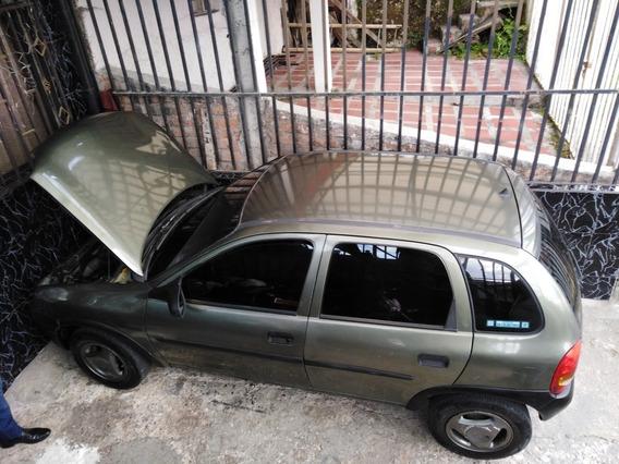 Chevrolet Corsa Corsa. 4. Puer