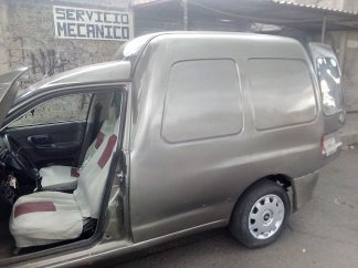 Mini Van 2004 Volkswagen ¡es Una Bestia Para La Chamba!