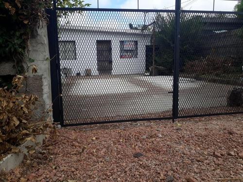 Imagen 1 de 13 de Casa Calle Mazzarino - Punta De Rieles