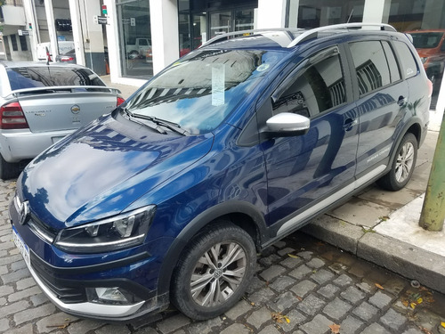 Volkswagen Suran Cross 1.6 Highline Muy Buena! (aes)