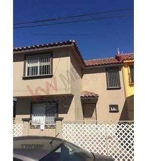 Casa Ubicada En Villas Del Mar, Rosarito Centro, Super Oportunidad A Unos Pasos Del Mar! Excelente Para Airbnb