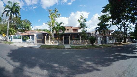 Casa En Venta En Trigal Centro 19-9735 Raga