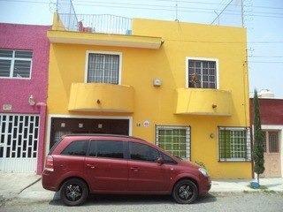Casa En Las Pintitas