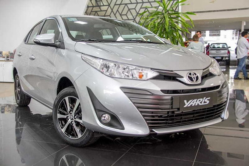 Toyota Yaris 1.5 16v Flex Sedan Xs Connect Multidrive