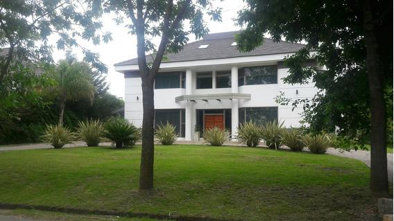 Alquiler De Casa En Grand Bell Con Pileta