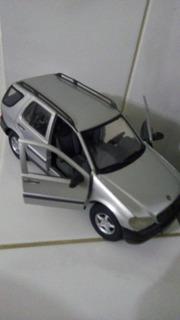 Miniatura Mercedes Benz Ml 320