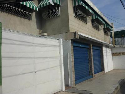Casa En Venta En La Coromoto Con Local. Mcmb 18-6724