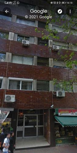 Alquiler De Apto En El Centro De 2 Dormitorios Y 1 Baño