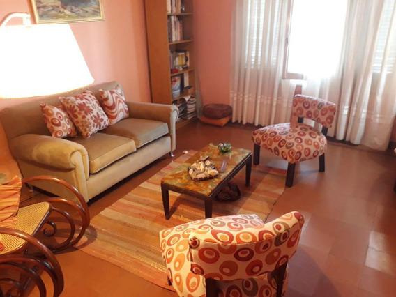 Venta - Casa 3 Dormitorios - San Vicente - Calle San Jerónimo