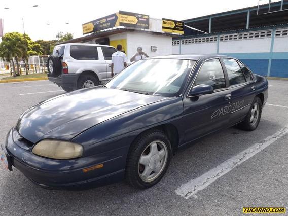 Chevrolet Lumina .