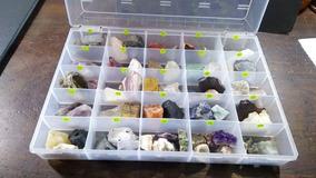 Coleção 60 Pedras Grandes E Brutas Naturais + Caixa C/tampa
