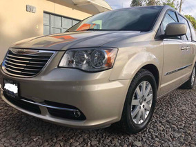 Chrysler Town & Country 3.6 Touring Mt 2014