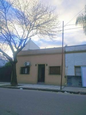 Venta Casa 4 Ambientes En Liniers