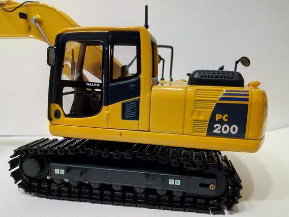 Miniatura Escavadeira Komatsu Pc200