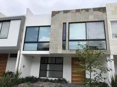Renta Casa Solares