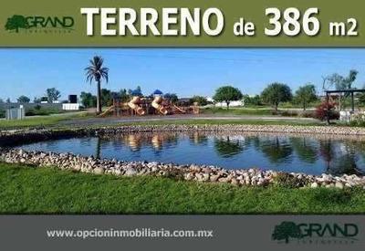 Se Vende Hermoso Terreno En Grand Juriquilla, Oportunidad !!