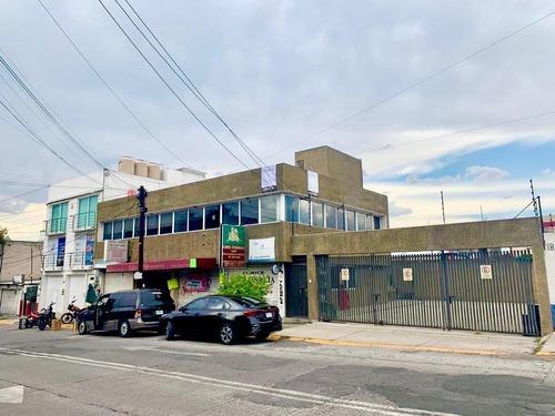 Viveros De La Loma: Amplias Oficinas A Media Calle De Periférico Norte.