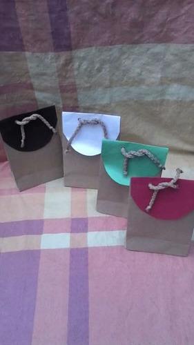 Imagen 1 de 2 de Bolsitas Papel Kraft Tapita De Colores .sorpresitas .regalos
