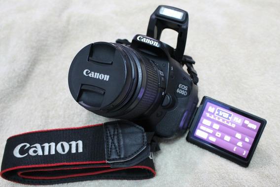 Canon T3i + Lente 18-55mm.