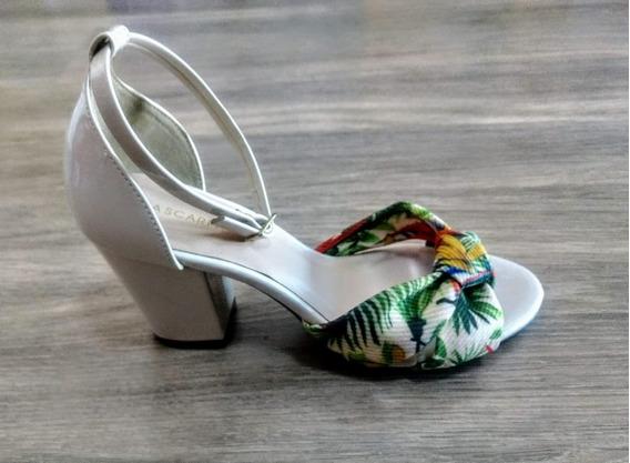 Sandália Salto Feminina Via Scarpa Estampado Floral