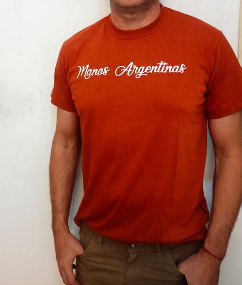 Remeras Rebeldes Manos Argentinas Hombre
