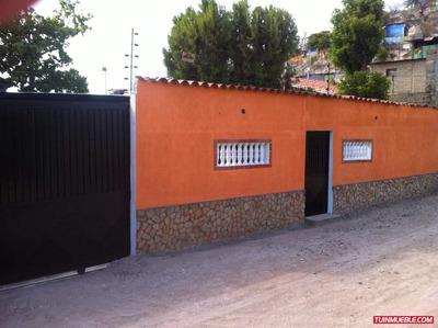 Casa En Venta. Cantarrana Sector San Carlos