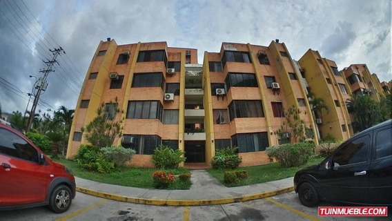Apartamento En Venta La Granja Gliomar R. Cod. 19-12484