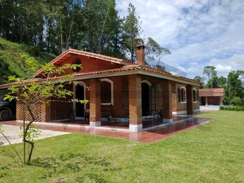 Um Belíssimo Recanto Com Casa No Alto Da Colina Com Vista Panorâmica!!! - 16 - 69196525