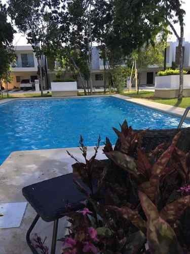 Casa En Renta Av. Paseo Del Mayab, Selvanova Residencial, Playa Del Carmen