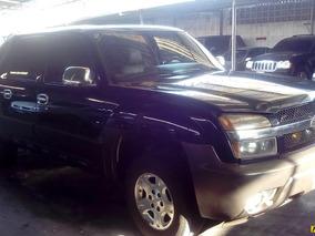 Chevrolet Avalanche Pickup
