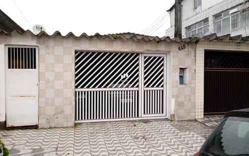 Casa Com Quintal Em Praia Grande Sp.