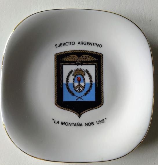 Plato Militar Ejército Argentino Regimiento Montaña Verbano